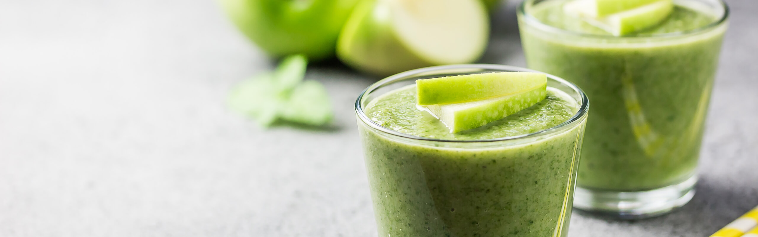 Feature Image: Kale Apple Pineapple Detox